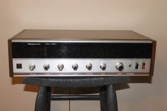 vintage-magnavox-stereo-receiver-the-magnavox-company