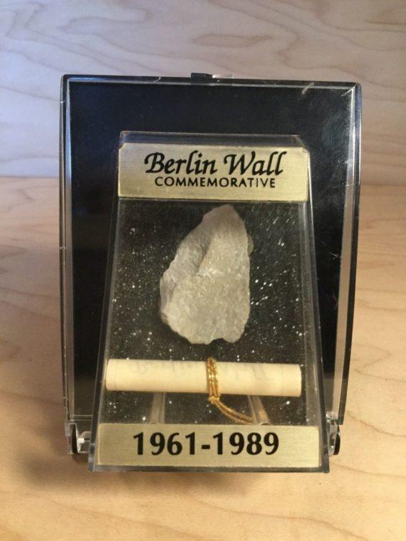 berlin-wall-commemorative-pre-demolition-piece-in-case