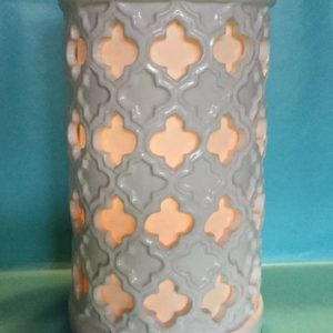 fleur-lattice-pillar-luminary-ceramic-candle-holder-white