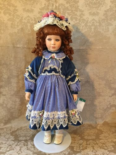 thelma-resch-limited-edition-porcelain-doll-suzy
