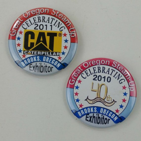 2-great-oregon-steam-up-exhibitor-buttons-pins-pinbacks-2010-2011-3