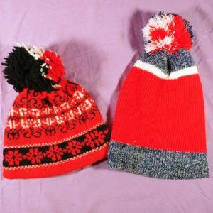 2-vintage-knit-beanie-knit-cap-hat-warm-wool-winter-pom-pom-red-white-black