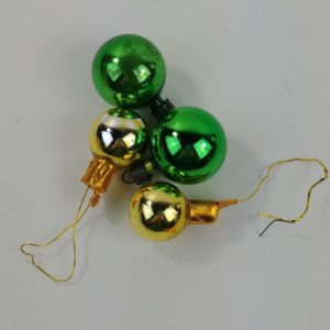 4-christmas-ornaments-round-balls-mini-green-gold-tone-package-ties-lot-51
