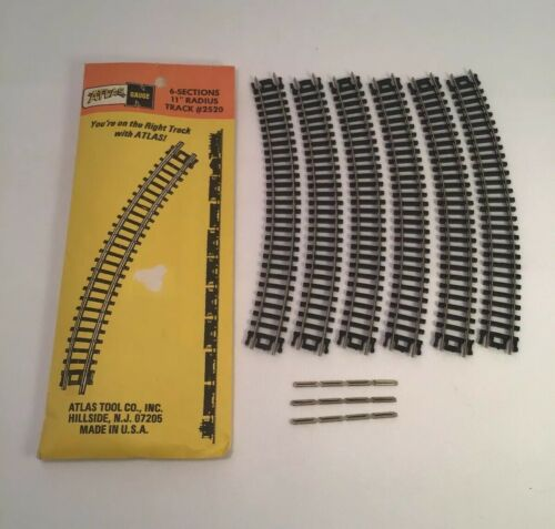 atlas-n-scale-radius-track-sections-with-rail-joiners