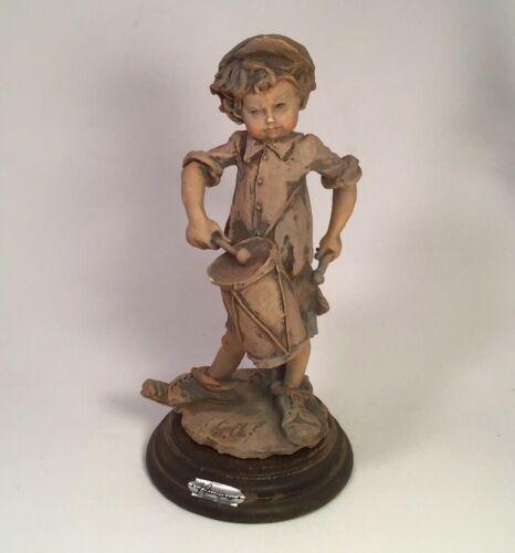 capodimonte-guiseppe-armani-drummer-boy-sepia-figurine