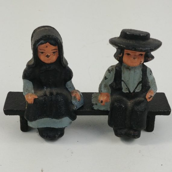 cast-iron-amish-boy-girl-on-black-bench-3-1-2w-x-2-1-4t-dalecraft-06