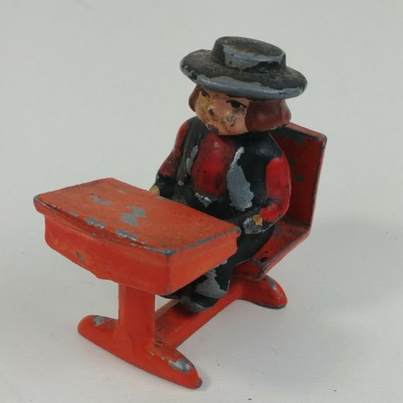 cast-iron-amish-boy-in-school-desk-w-books-2-1-4l-2-1-4t-dalecraft-05