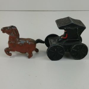 cast-iron-horse-buggy-driver-salt-pepper-horse-broke-2-3-4-dalecraft-9