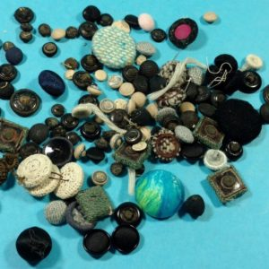 lot-45-of-vintage-buttons-from-estate-misc-size-colors-cloth-covered-buttons