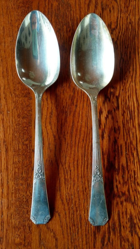 lot-of-2-oneida-rio-silverplate-serving-spoons-1939