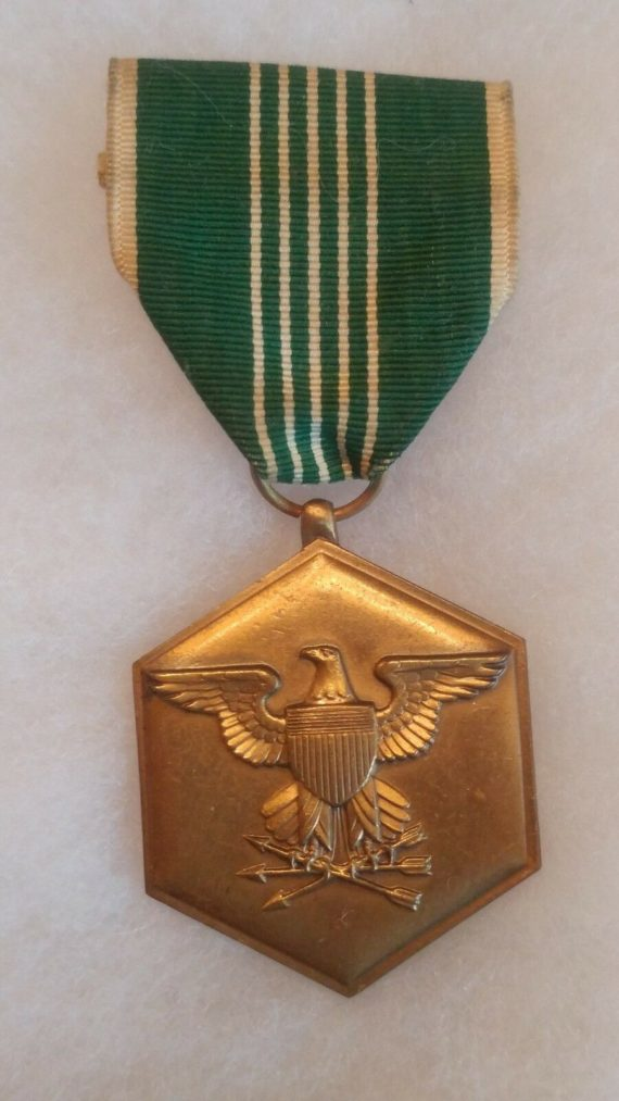 old-military-pin-medal-ww2-to-vietnam-military-merit-eagle-shield-arrow-green