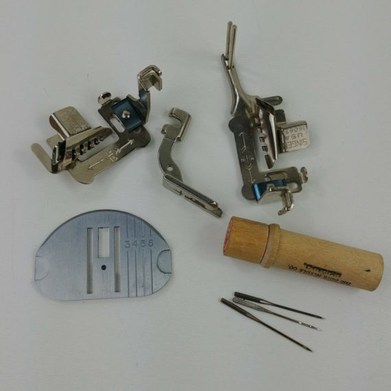 singer-touch-sewing-attachments-binder-160624-174529-161195-needles-02