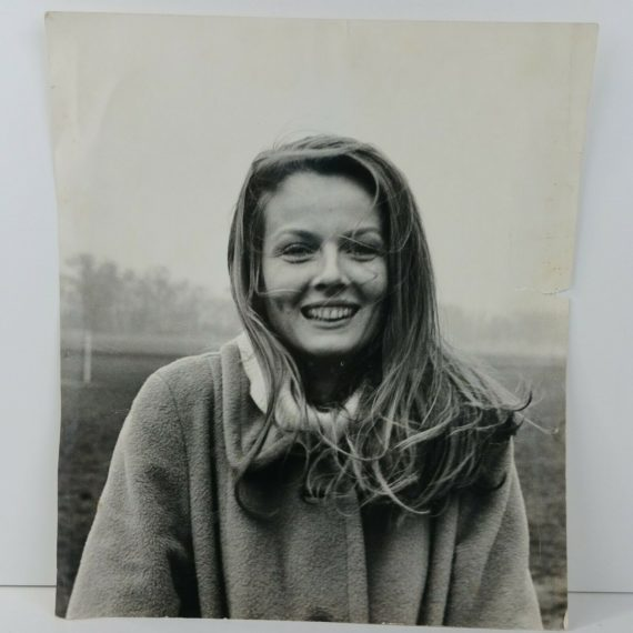 vintage-bw-photo-young-woman-beautiful-girl-candid-art-1970s-11-5-x-13-5-25