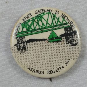 vintage-pinback-pin-button-1979-astoria-regatta-columbia-gateway-world-6