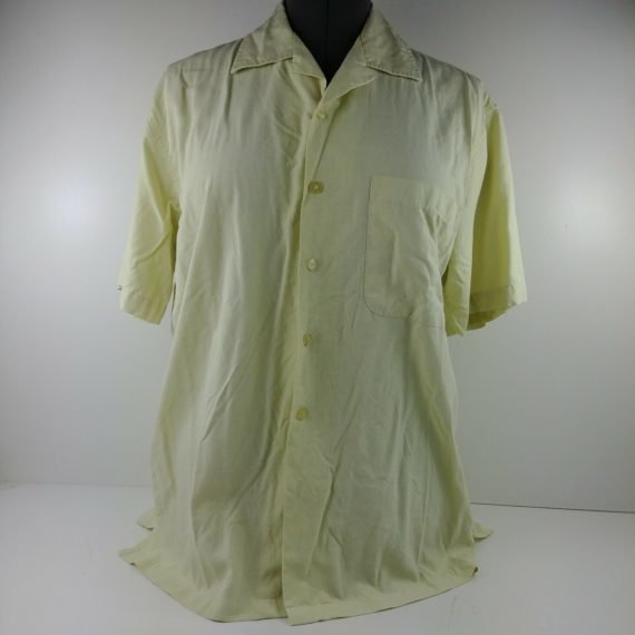woodys-retro-lounge-mens-short-sleeve-light-colored-shirt-size-small-s