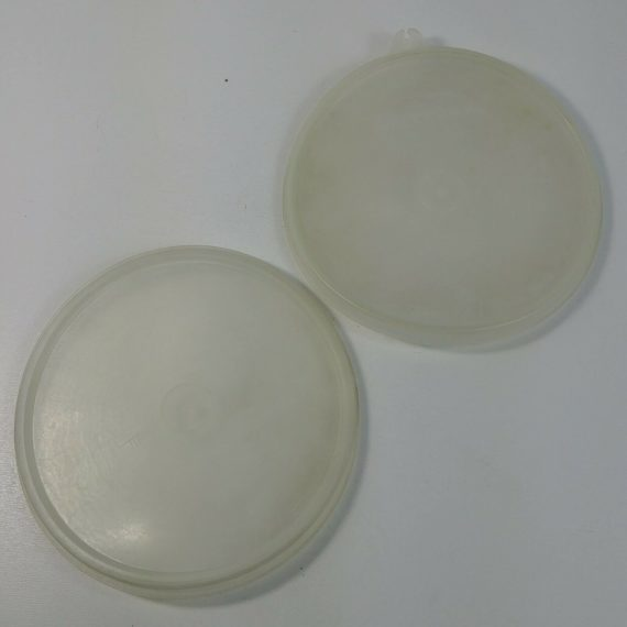 2-clear-lid-tupperware-sheer-replacement-lids-228-vintage-7-1-4-diameter