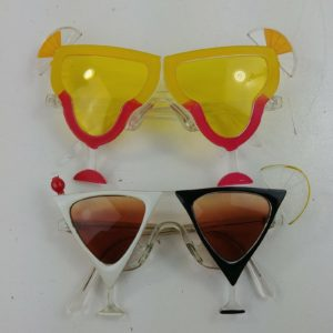 2-party-glasses-martini-glasses-cocktail-drinks-adult-beverages-sunglasses
