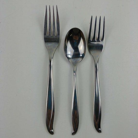 3-twa-airlines-international-silver-silverware-6-1-4-7-fork-5-3-4-spoon
