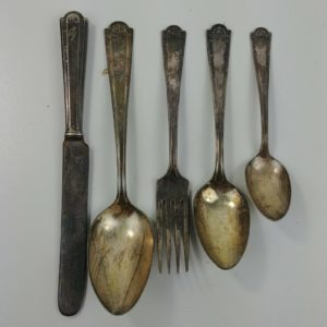 5-pc-flatware-antique-silverplate-1835-r-wallace-set-monogram-utensil