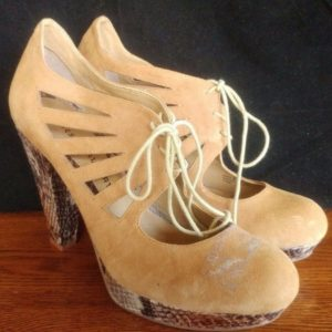 chinese-laundry-platform-heels-reptile-skin-leather-size-8-5-m