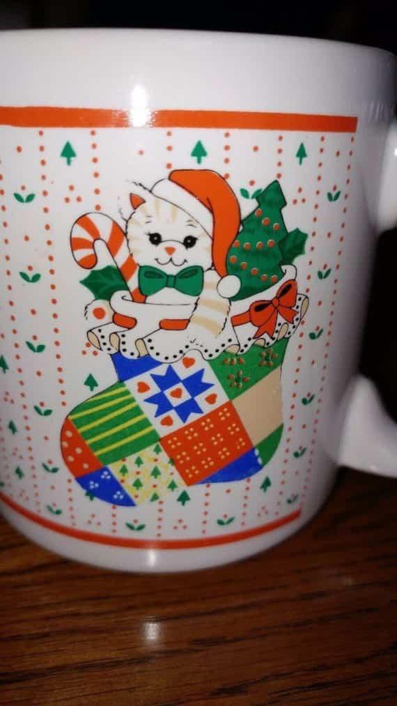 christmas-holiday-cat-dog-stockings-10oz-coffee-cup-mug