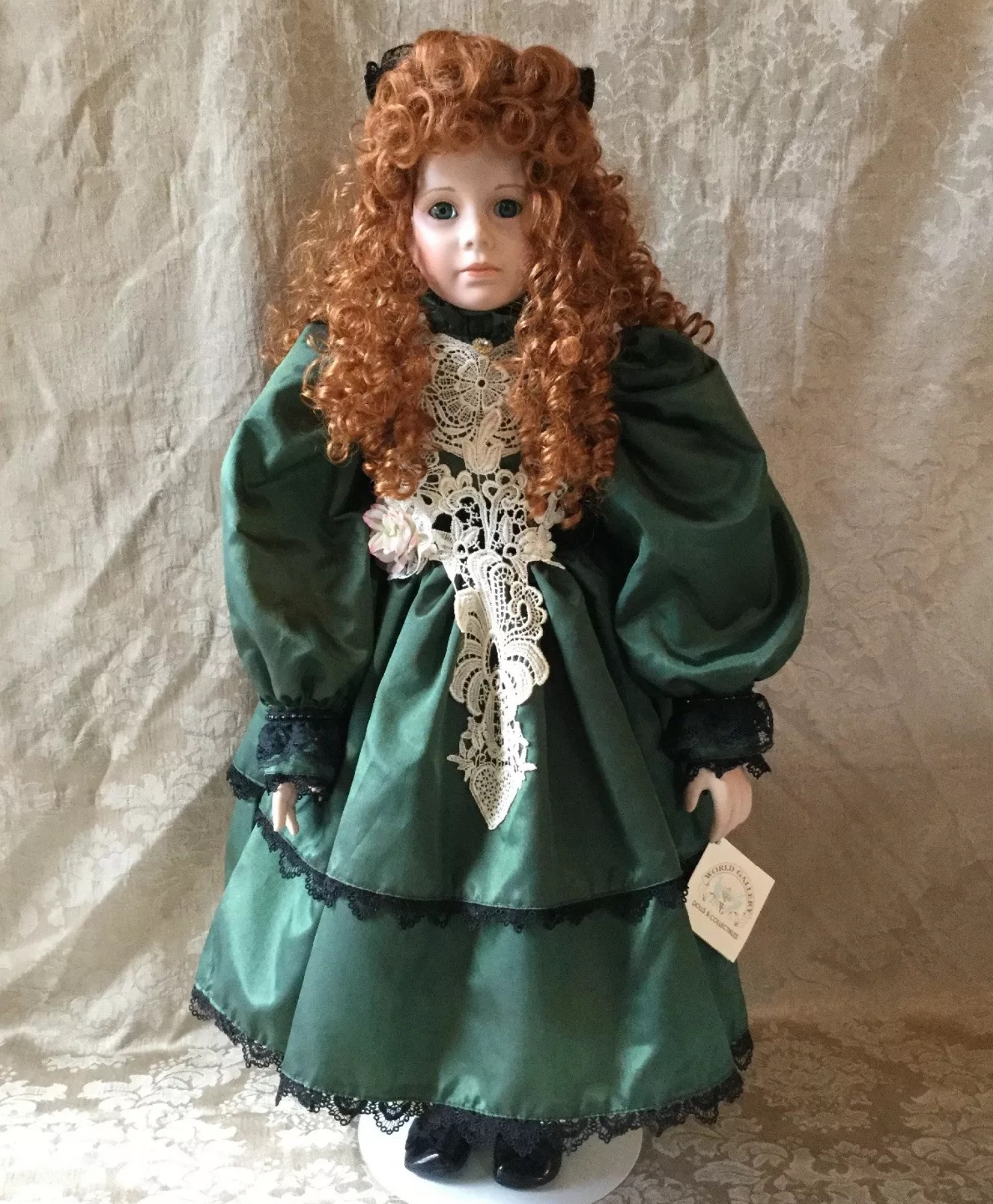thelma-resch-limited-edition-porcelain-doll-courtney