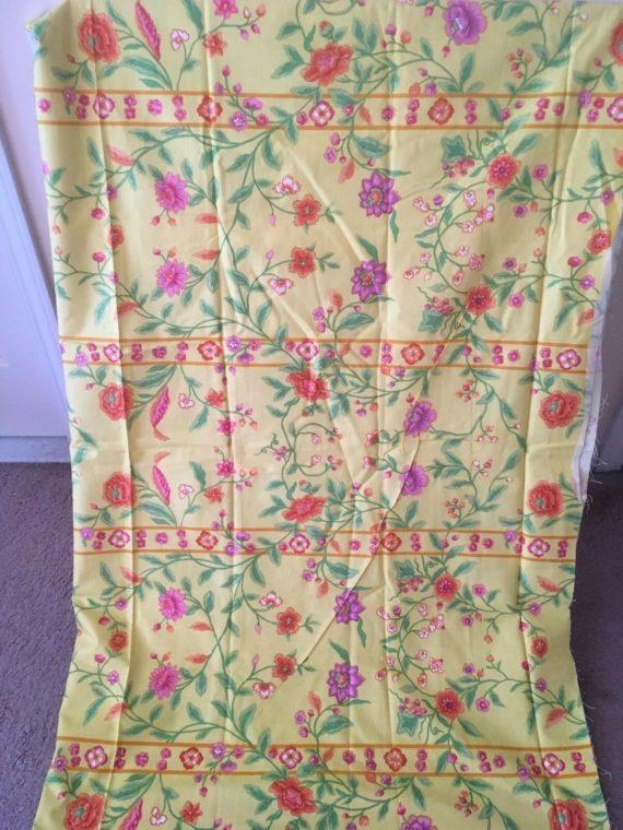vintage-bloomcraft-chambord-screen-print-yellow-floral-fabric-3-7-yard