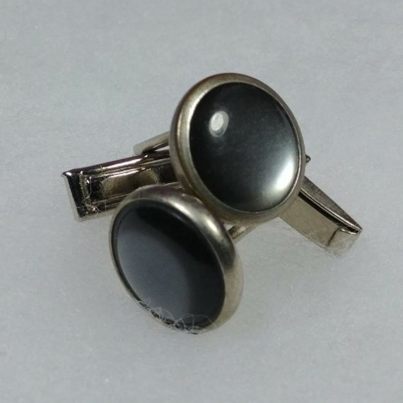 vintage-mens-costume-jewelry-pair-of-silver-tone-cufflinks