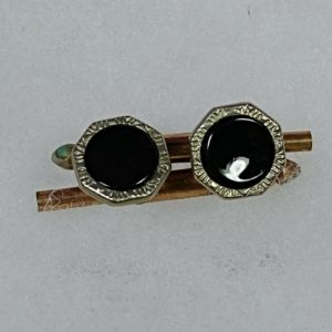 vintage-mens-costume-jewelry-silver-gold-tone-cufflinks-dark-center-stone