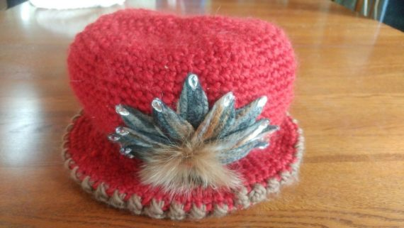 womens-red-knit-decorative-hat-cap