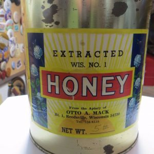 extracted-wis-no-honeyfrom-the-apiary-of-otto-a-mack-reedsburg-wis-honey-bee