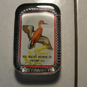 geo-walter-brewing-co-appleton-glass-rectangular-paperweight-advertisingold