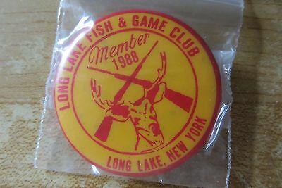 long-lake-fish-game-club-member-deer-hunting-shooting-vtg-pin-button