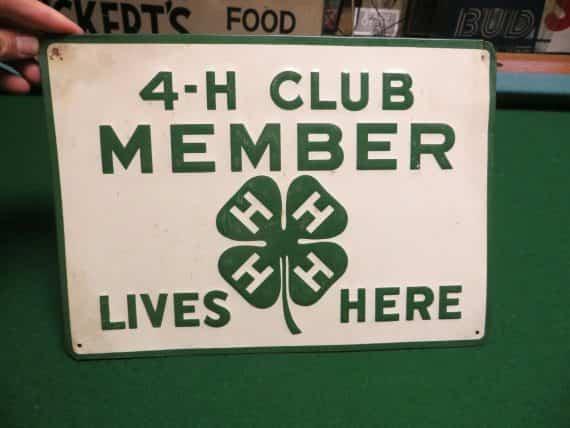 h-club-member-lives-here-leaf-clover-logooriginal-green-back-embossed-sign