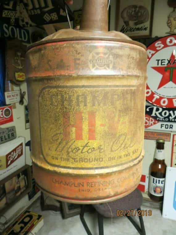 champlin-hi-v-motor-oil-oil-can-with-top-with-patina