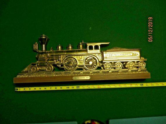 famous-the-philadelphia-steam-engine-locomotive-wallhanging-train-sign
