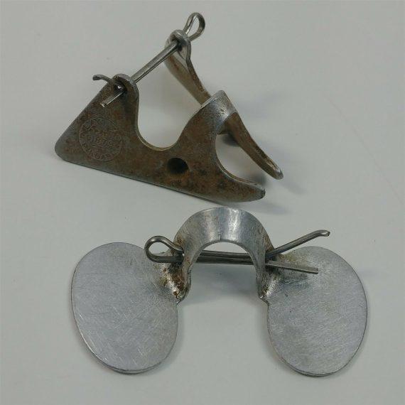 chicken-pikgard-farm-pick-guard-blinders-fowl-aluminum-prevent-pickouts-pin