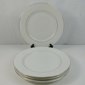 classic-gold-china-dinner-plates-white-w-gold-trim-lot