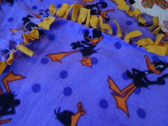 rare-daffy-duck-handmade-fleece-tie-blanket-x-gold-double-sided-comfy