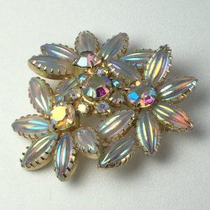 vintage-brooch-iridescent-daisy-flower-cluster-pin