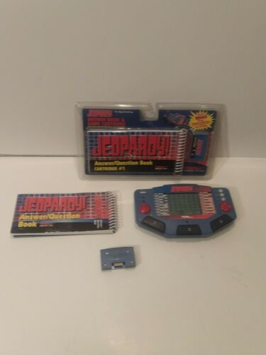 jeopardy-vintage-tiger-electronic-handheld-game-console-w-cartridge-extras