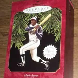 hallmark-hank-aaron-keepsake-ornament-nd-in-at-the-ballpark-series-new