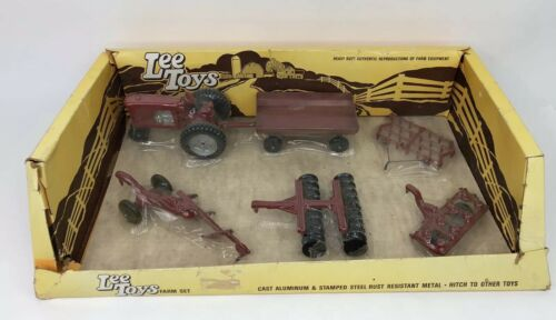new-vintage-lee-toys-piece-deluxe-farm-play-set-sample-box-in-plastic