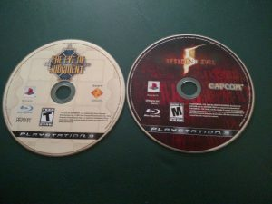 two-playstation-ps-games-disc-only-resident-evil-five-the-eye-of-judgment