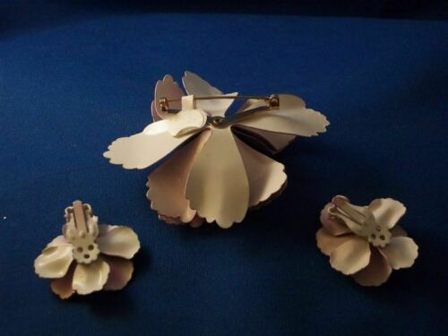 wild-satin-purple-flower-brooch-and-matching-earrings