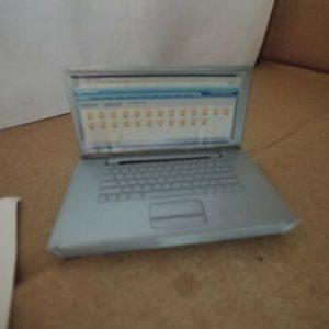 barbie-gray-laptop