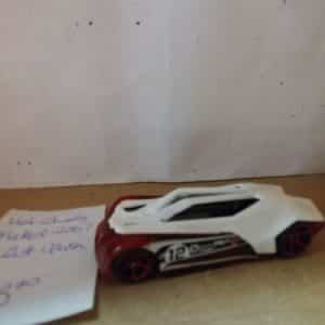 hot-wheels-mattel-split-vision-white