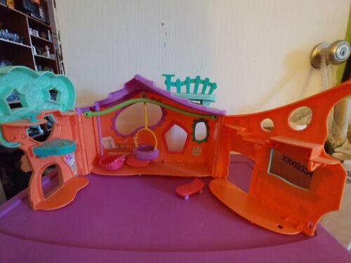 littlest-pet-shop-orange-clubhouse-playset