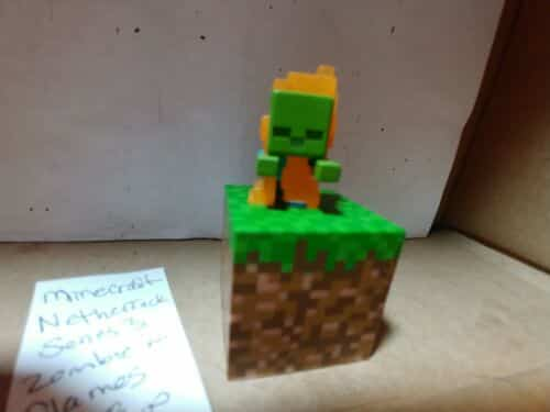 minecraft-minifigure-netherrack-series-zombie-in-flames-grass-block-figure