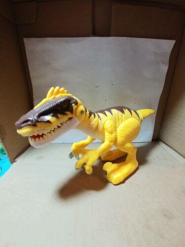 playskool-heroes-jurassic-world-sfx-chomper-velociraptor-interactive-light-sound